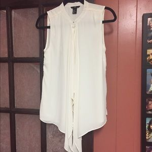 H&M Tops - H&M beige button up top