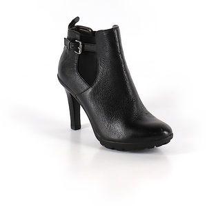 Tahari Shoes - Black size 6 Tahiti Ankle Boots