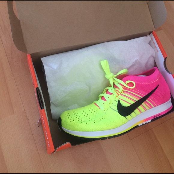 99e85ffe03b55c Nike flyknit streak OC unisex sneaker