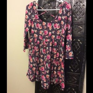 American Eagle Outfitters Dresses - American Eagle floral dress