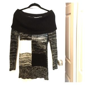Cache Sweaters - CACHE off-the-shoulder sweater