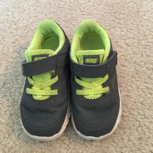 Nike size 6c toddler boy shoes.