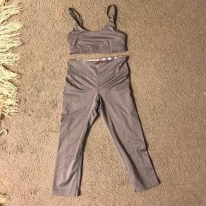 Roxy Other - Roxy track pants and sports bra