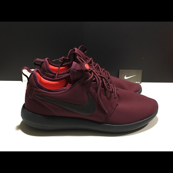 premium selection 4b4c5 e6f9f Nike Roshe Two SE Shoe NEW 859543-600 Night Maroon