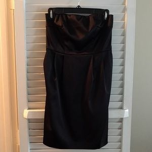Express LBD with pockets size 0
