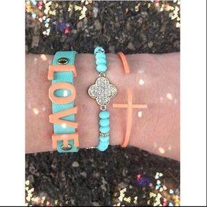 Jewelry - ❤️ Bracelet Arm Candy Stack Mint Peach Love Clover