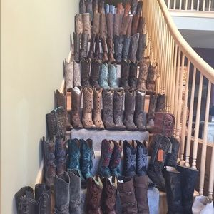CORRAL mostly & cowgirl many quality brands!