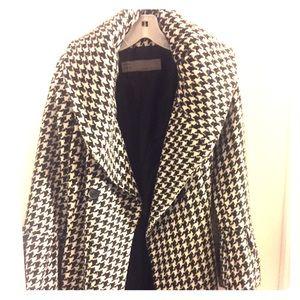 Zara Houndstooth Jacket. Size Medium