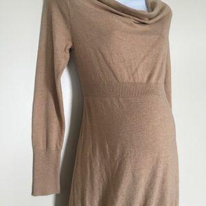Liz Lange Tops - Maternity tunic size medium