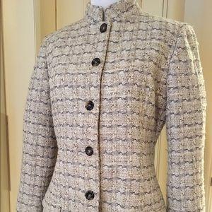 Carolina Herrera Jackets & Blazers - Carolina Herrera women's linen jacket