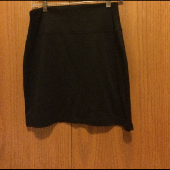 Maurices Dresses & Skirts - Sexy slim fitting skirt