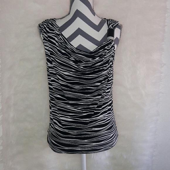16917173ce51 Sale Michael kors zebra print blouse size small. M 58af592299086adb61016425