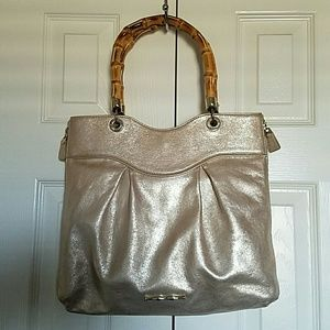 Elaine Turner Handbags - Sale!!! Elaine Turner Wooden Handle Handbag