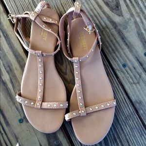 Old Navy sandals size 7
