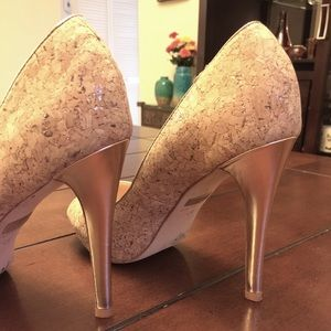 Badgley Mischka Shoes - Cork and Gold