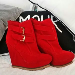 Qupid Shoes - Red suede Wedge platform Knee High Boots
