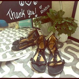 ANTONIO MELANI Shoes - Size 7 Antonio Melani sandles