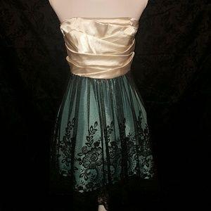 Speechless Dresses & Skirts - Speechless party dress