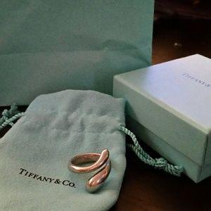 Tiffany & Co. Jewelry - Authentic Tiffany Elsa Peretti Teardrop ring