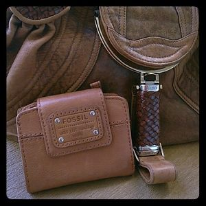 ❤️Leather Wallet by FOSSIL ❣❣