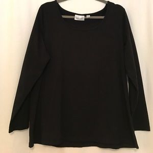 Avenue Tops - Long sleeve black tshirt