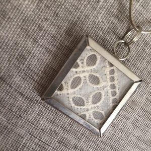 Jewelry - Vintage Lace Necklace