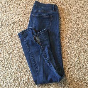 Loft jeans. No wear. Modern skinny ankle style.