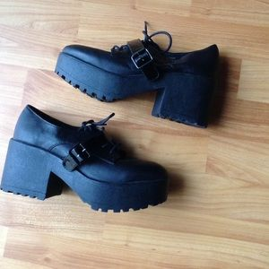 Deena & Ozzy Shoes - Women's Shoes by an Urban Outfitters Brand