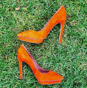 Jeffrey Campbell Shoes - 🔴NWOT Jeffrey Campbell Fuego Suede Pump