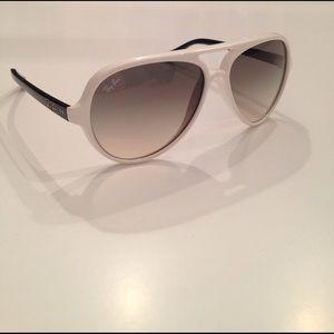 Ray-Ban Accessories - Authentic Women's Rayban Aviator Sunglasses