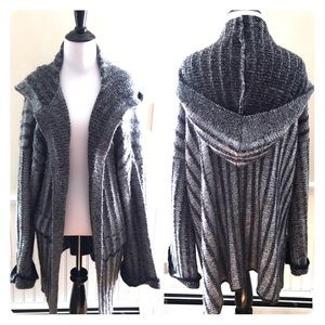 Zara Sweaters - Zara Knit Oversized Hooded Sweater Cardigan EUC