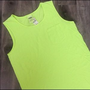 PINK Victoria's Secret Tops - NWT PINK Victoria's Secret basic muscle tank top