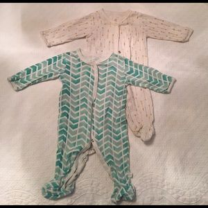 Rosie Pope Other - Two baby footie pajamas