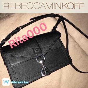 Rebecca Minkoff Handbags - 💕Rebecca minkoff mini Hudson