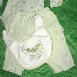 Vitamins Baby Other - Adorable 3-Piece Sweet Pea Set, Size 3-6 Months