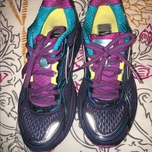 Brooks Shoes - Brook Ghost 8