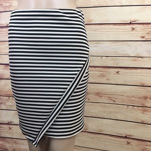 Charlotte Russe Dresses & Skirts - Cream and black striped pencil skirt size M (nwt)