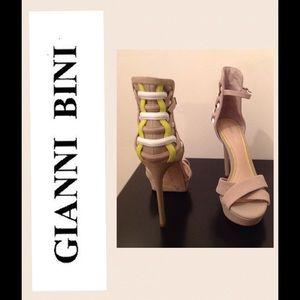 Gianni Bini Shoes - NEW Gianni Bini Yazmin sandal