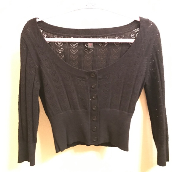 Betsey Johnson Sweaters - ❤cropped sweater