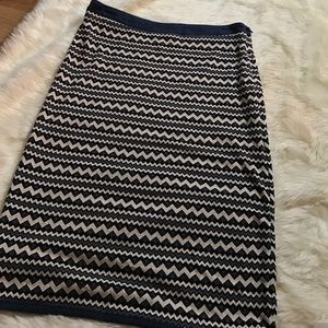 Pixley Dresses & Skirts - PIXLEY Chevron Print Pencil Skirt Size Small