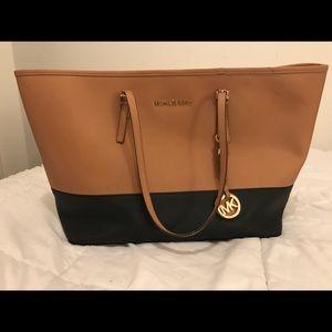 Michael Kors Handbags - Michael Kors Jet Travel leather tote
