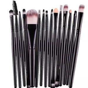 Other - Makeup brush bundle