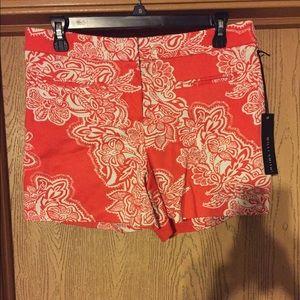 Willi Smith Pants - NWOT Orange/White Printed Shorts, Size 8