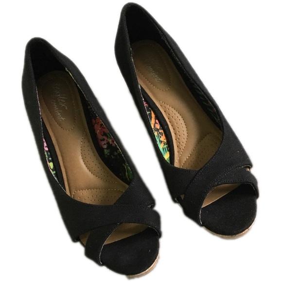 5ca6d088f4c Dexflex Comfort Shoes - Dexflex comfort-Caitlyn black peeptoe canvas wedge