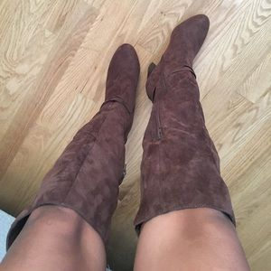 Shoes - Brown Suede knee-high boots