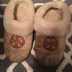 Tory Burch Shoes - Used Tory burch tan slippers shoes flats 7.5 8