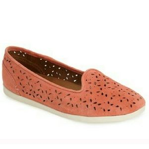 OluKai Shoes - Olukai Flats