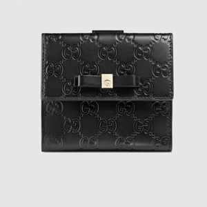 Gucci Other - Gucci Leather, Black wallet with Bow