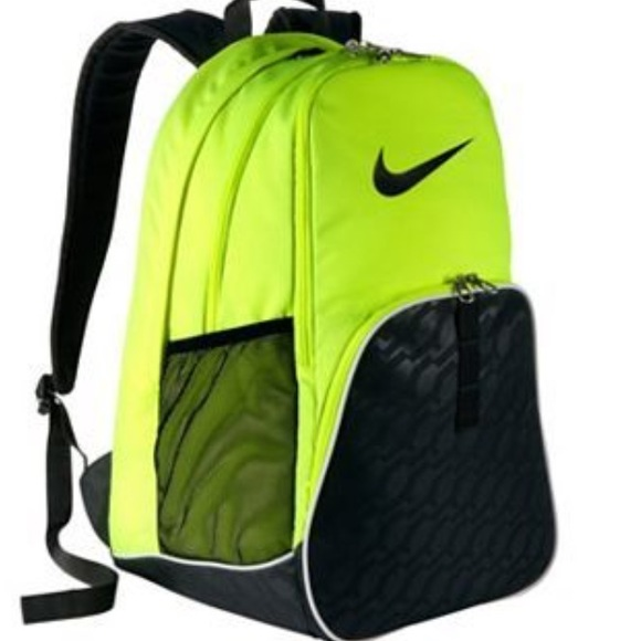 6aee35505a69 Nike neon yellow backpack. M 58aa5e6eea3f364e2817b54d