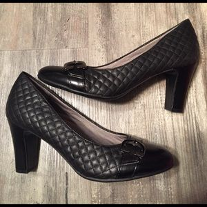 Life Stride Shoes - Life Stride Black Quilted Pump Heel 8 1/2